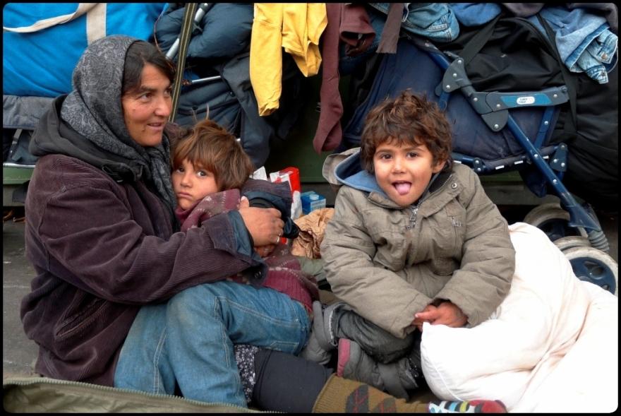 Enfants des rues (Roms), Paris, France
